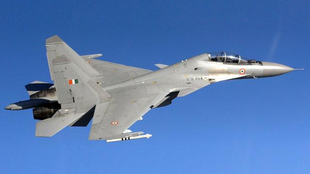 Истребитель индийских ВВС Су-30МКИ
