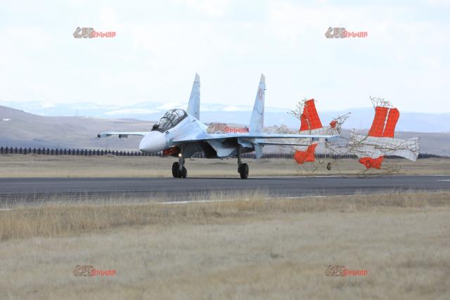 """Истребитель Су-30СМ (бортовой номер """"31 красный"""") ВВС Армении. Ширак (Гюмри), март 2020 года"""