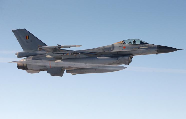 Истребитель F-16 ВВС Бельгии.
