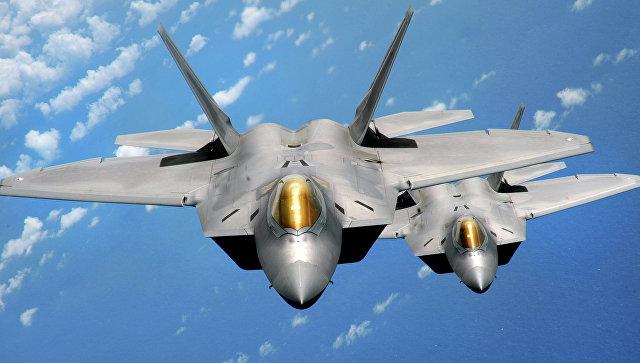 Истребитель F-22 Raptor. Архивное фото.