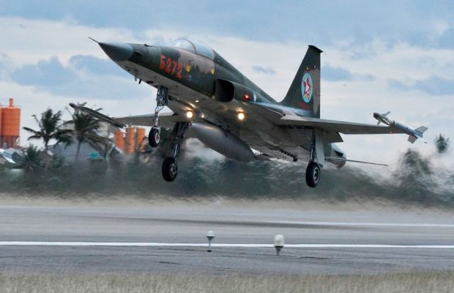Истребитель F-5 ВВС Тайваня.