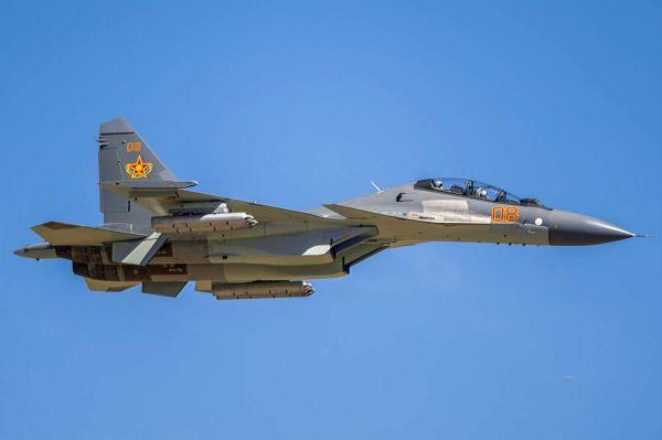 Истребитель Су-30СМ Сил воздушной обороны Казахстана в ходе