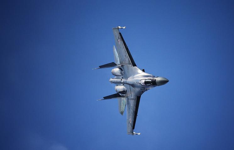 Истребитель Су-35.
