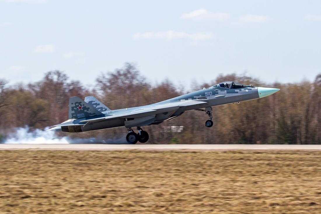 """Последний (десятый по счету) летный опытный образец российского истребителя пятого поколения по программе ПАК ФА - самолет Т-50-10 (бортовой номер """"510""""). Жуковский, апрель 2018 года."""