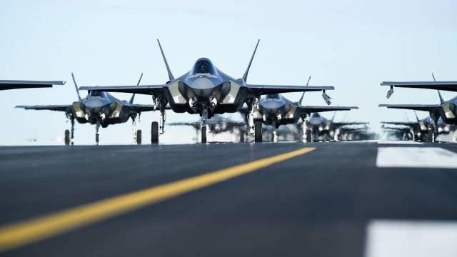Истребители F-35 Lightning II