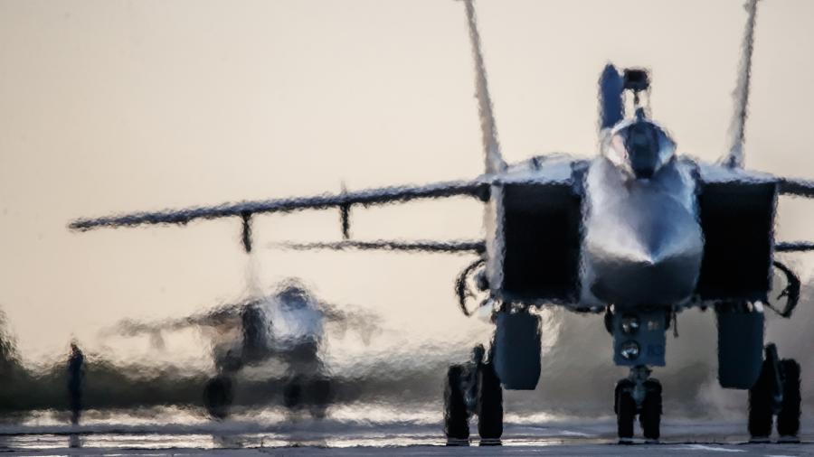 Истребители МиГ-31 сопроводили самолет ВВС Британии над Баренцевым морем