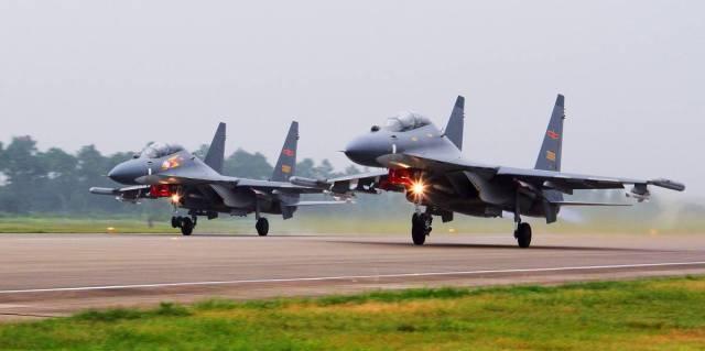 Истребители Су-30 Военно-воздушных сил Народно-освободительной армии Китая