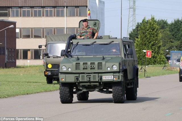 Бронеавтомобиль Iveco LMV Lynx бельгийской армии .