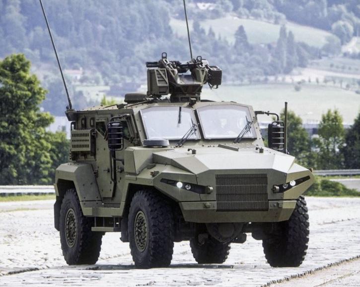 Изображение бронированной машины T815 Patriot MATMMV (Medium Armoured Tactical Multi-Mission Vehicle) разработки чешской компании Excalibur Army на шасси 4х4 Tatra Force.