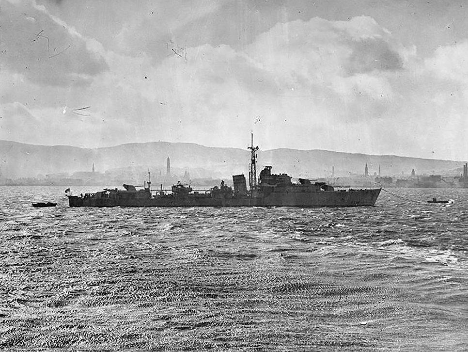 Израильский эсминец Zealous (Eilat) в марте 1945 года.