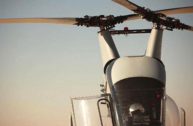 Синхрокоптер K-MAX - однодвигательный вертолет двухвинтовой поперечной схемы с перекрещивающимися несущими винтами, которые вращаются во взаимно противоположных направлениях.