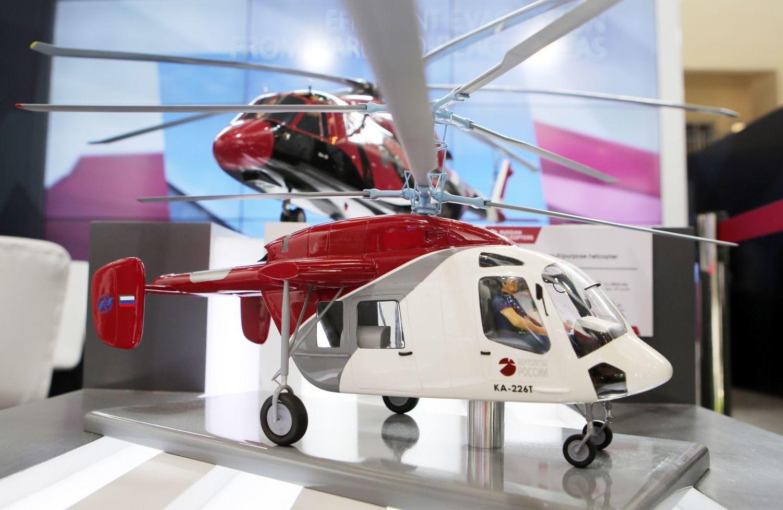 Модель многоцелевого вертолета Ка-226Т на Aero India — 2017.