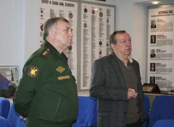 С.В. Каракаев и В.А. Шурыгин