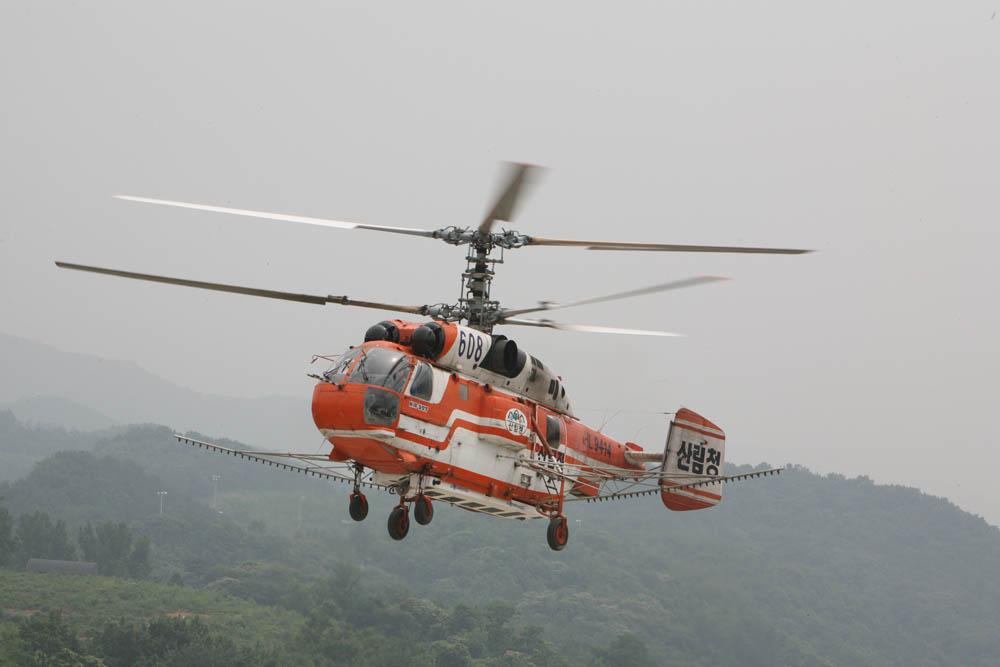 Вертолеты Ка-32 в Южной Корее.