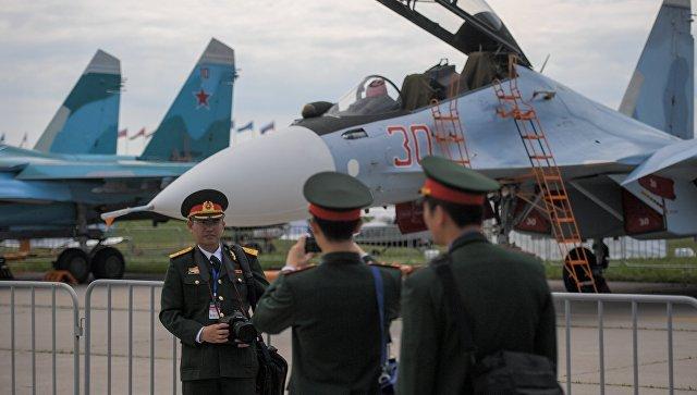 Китайские военнослужащие на открытии Международного авиационно-космического салона МАКС-2017.
