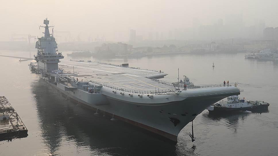 "Китайский авианосец ""Тип 001А""."