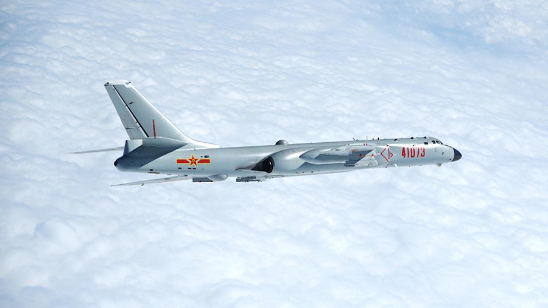 Китайский реактивный бомбардировщик H-6.