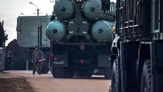 Комплекс ПВО С-400 Триумф. архивное фото.