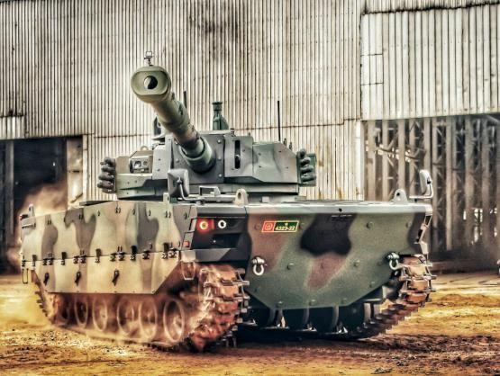 """Комплектный опытный образец """"среднего"""" танка Kaplan MT"""