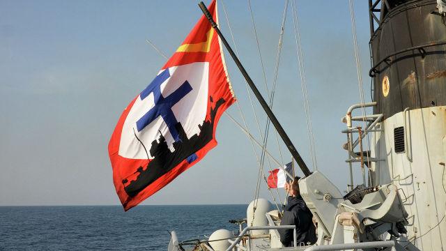 "Корабль ""Командан Биро"" ВМС Франции в Черном море"