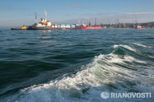 Корсаковский морской порт, Сахалин. Архивное фото.
