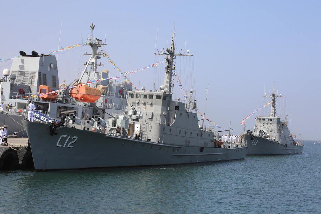 Введенные в состав ВМС Намибии в качестве корветов С 12 Daures и С 13 Brukkaros бывшие китайские малые противолодочные корабли проекта 037-IS. Уолфиш-Бей, 27.10.2017.