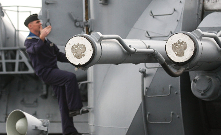 "Крейсер ""Варяг"" на учениях Тихоокеанского флота."