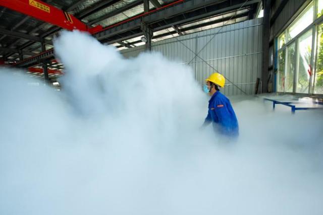 Криогенная обработка поршня на заводе в Китае
