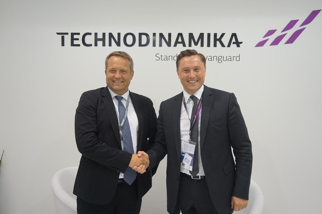 Генеральный директор Microturbo Пьер – Ив Морван и Генеральный директор «Технодинамики» Максим Кузюк.