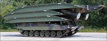 Мостоукладчик «Легуан» (LEGUAN) на базе основного боевого танка (ОБТ) «Леопард-2» (Leopard 2).
