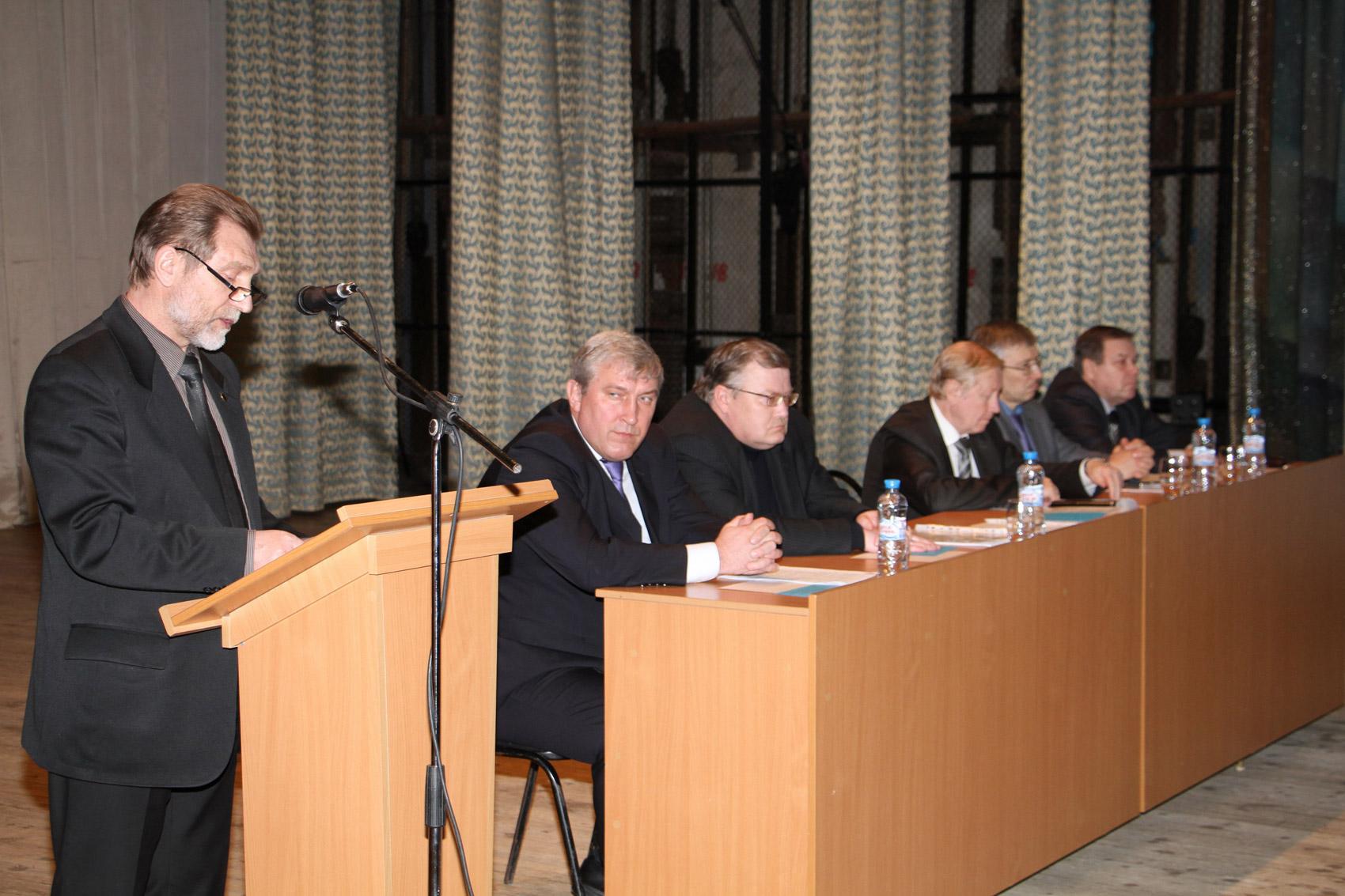 Председатель профсоюзной организации ОАО «НАЗ «Сокол» А.М. Леонтьев.