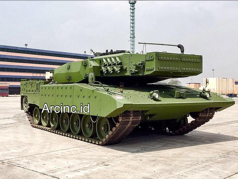 Один из первых восьми полученных Индонезией модернизированных группой Rheinmetall танков Leopard 2 RI.
