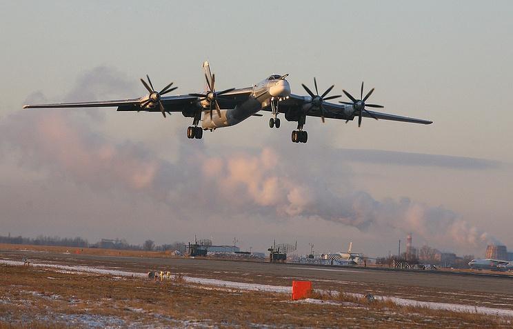 """Восьмиместный цельнометаллический свободнонесущий высокоплан с четырьмя ТВД Ту-95 """"Медведь"""""""