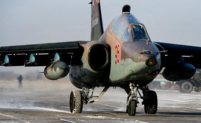 """Летно-тактические учения на военном аэродроме """"Черниговка"""" в Приморском крае."""
