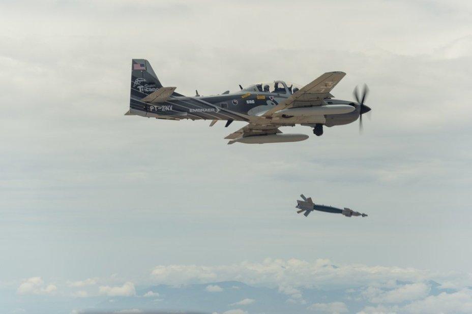 Лёгкий штурмовик Embraer A-29 Super Tucano.