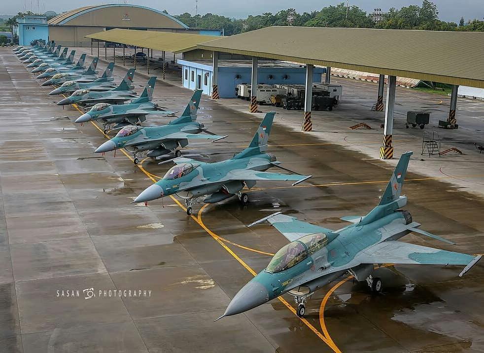 Модернизированные истребители Lоckheed Martin F-16C/D Block 25 Fighting Falcon, полученные ВВС Индонезии по программе Peace Bima Sema II, 2017 год.
