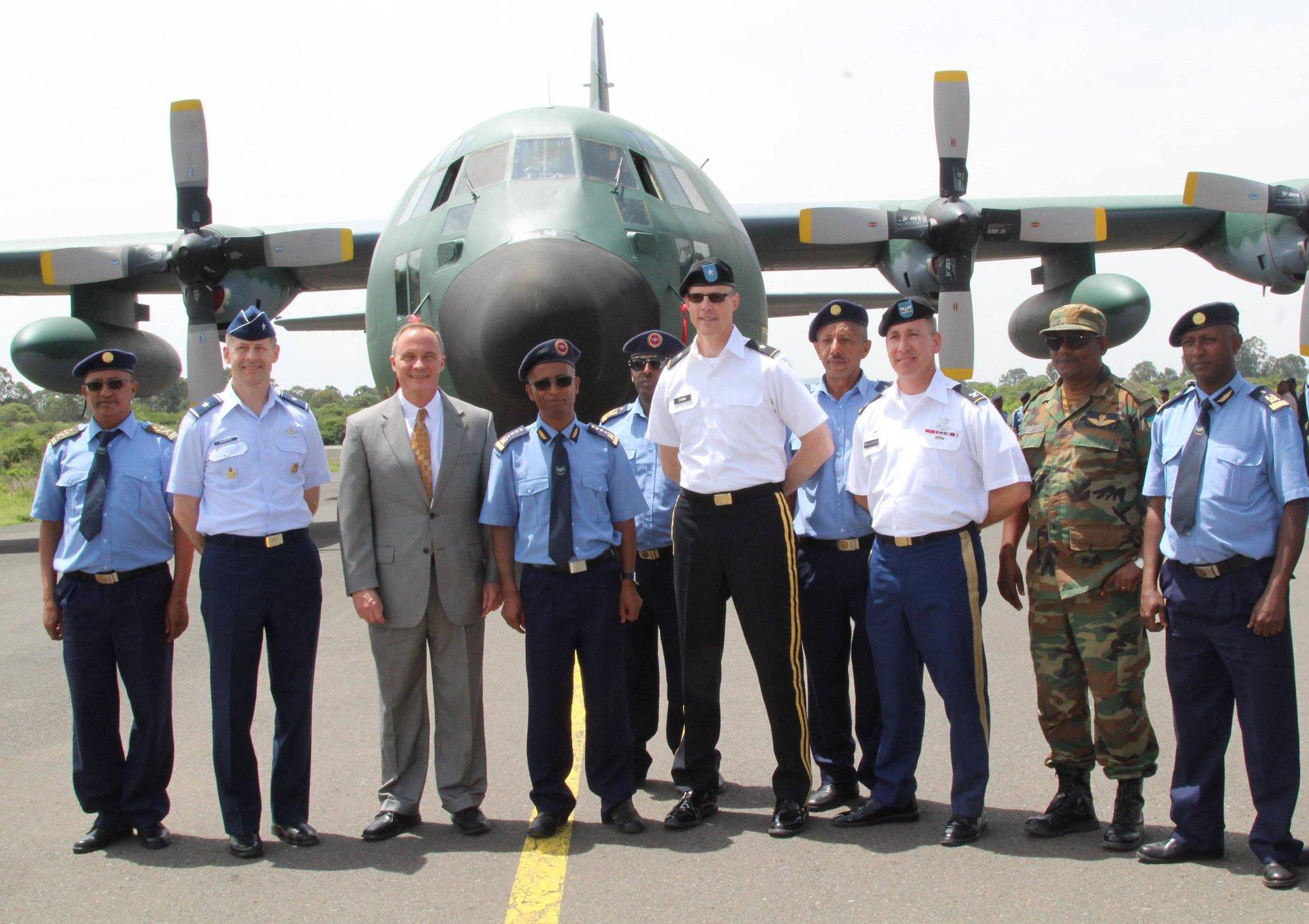 Переданный ВВС Эфиопии в порядке американской военной помощи с хранения ВВС США военно-транспортный самолет Lockheed С-130Е Hercules. Аддис-Абеба, 06.06.2018.