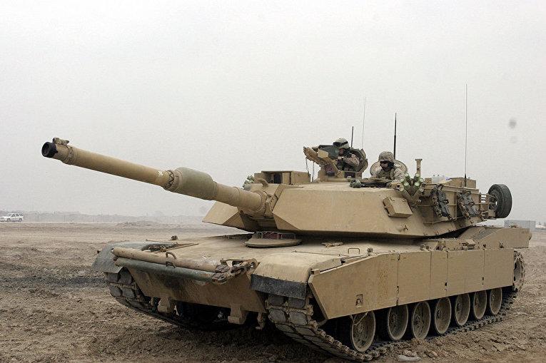 """Американский танк M1A1 """"Абрамс"""" в Ираке"""