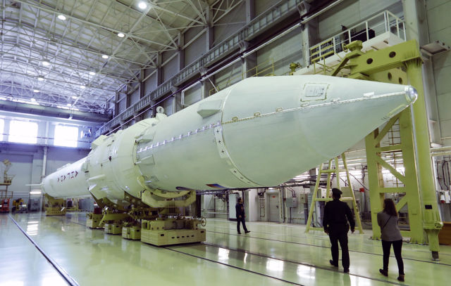 """Макет ракеты-носителя """"Ангара"""""""