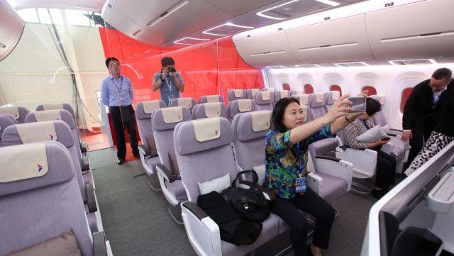 Макет салона пассажирского лайнера CR929