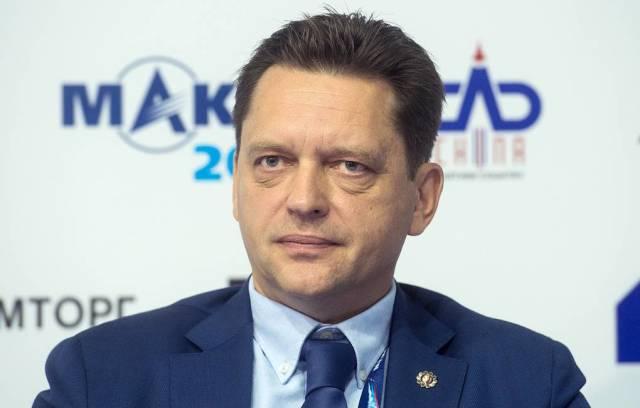 Максим Харламов