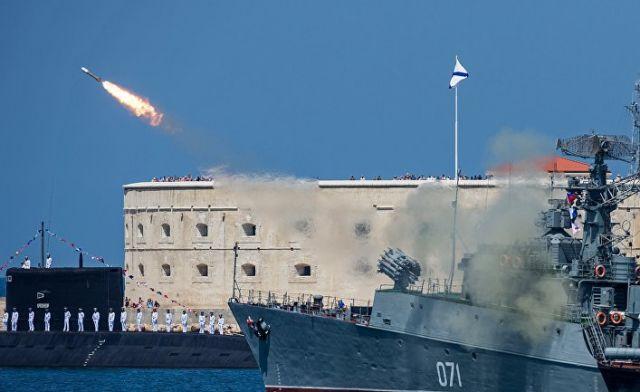 """Малый противолодочный корабль проекта 1124М """"Суздалец"""""""