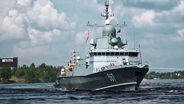 """Малый ракетный корабль проекта 22800 """"Ураган"""" во время ходовых испытаний в акватории Ладожского озера. 19 мая 2018"""