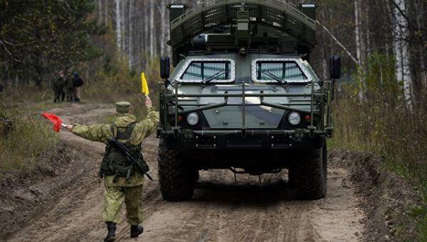 Машина дистанционного разминирования Листва Новосибирского ракетного соединения РВСН перед началом учений. Архивное фото