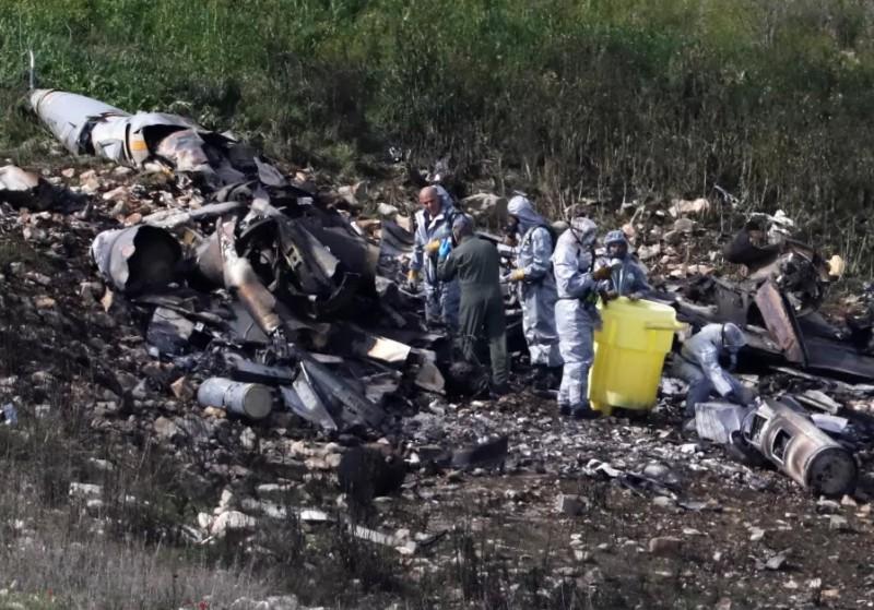 Место крушения сбитого сирийской ПВО истребителя Lockheed Martin F-16I (Sufa) ВВС Израиля, 10.02.2018.