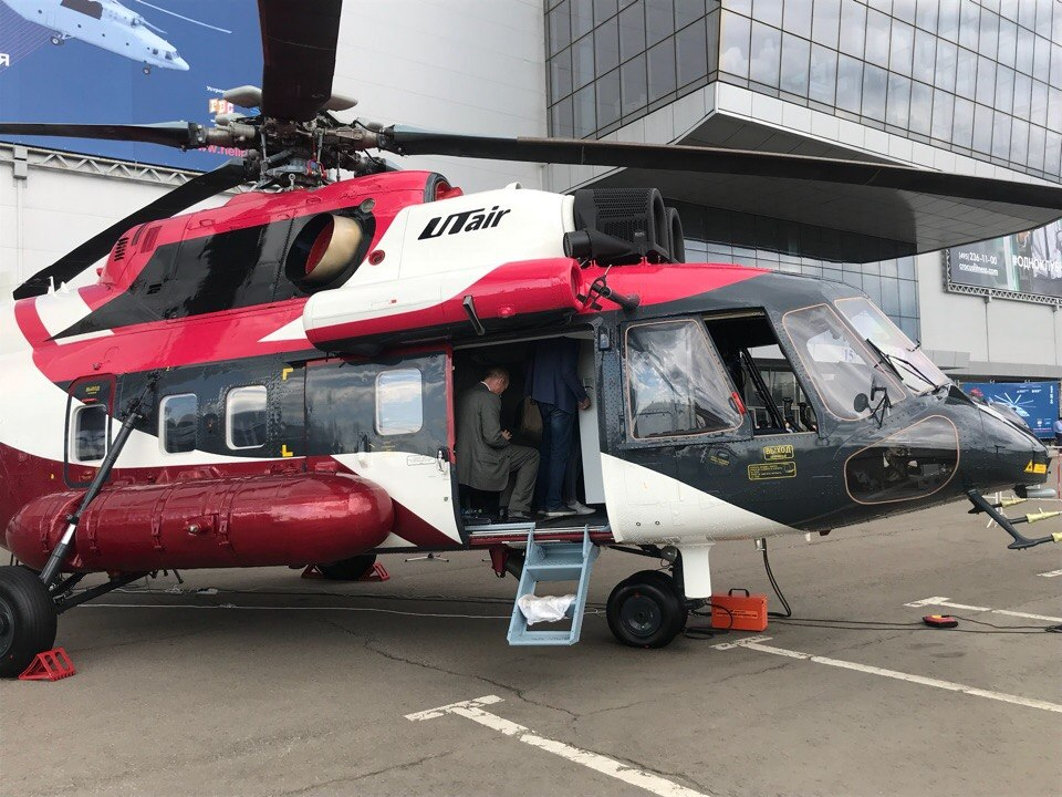 """Первый серийный вертолет Ми-171А2 переданный компании """"ЮТэйр – Вертолетные услуги""""."""