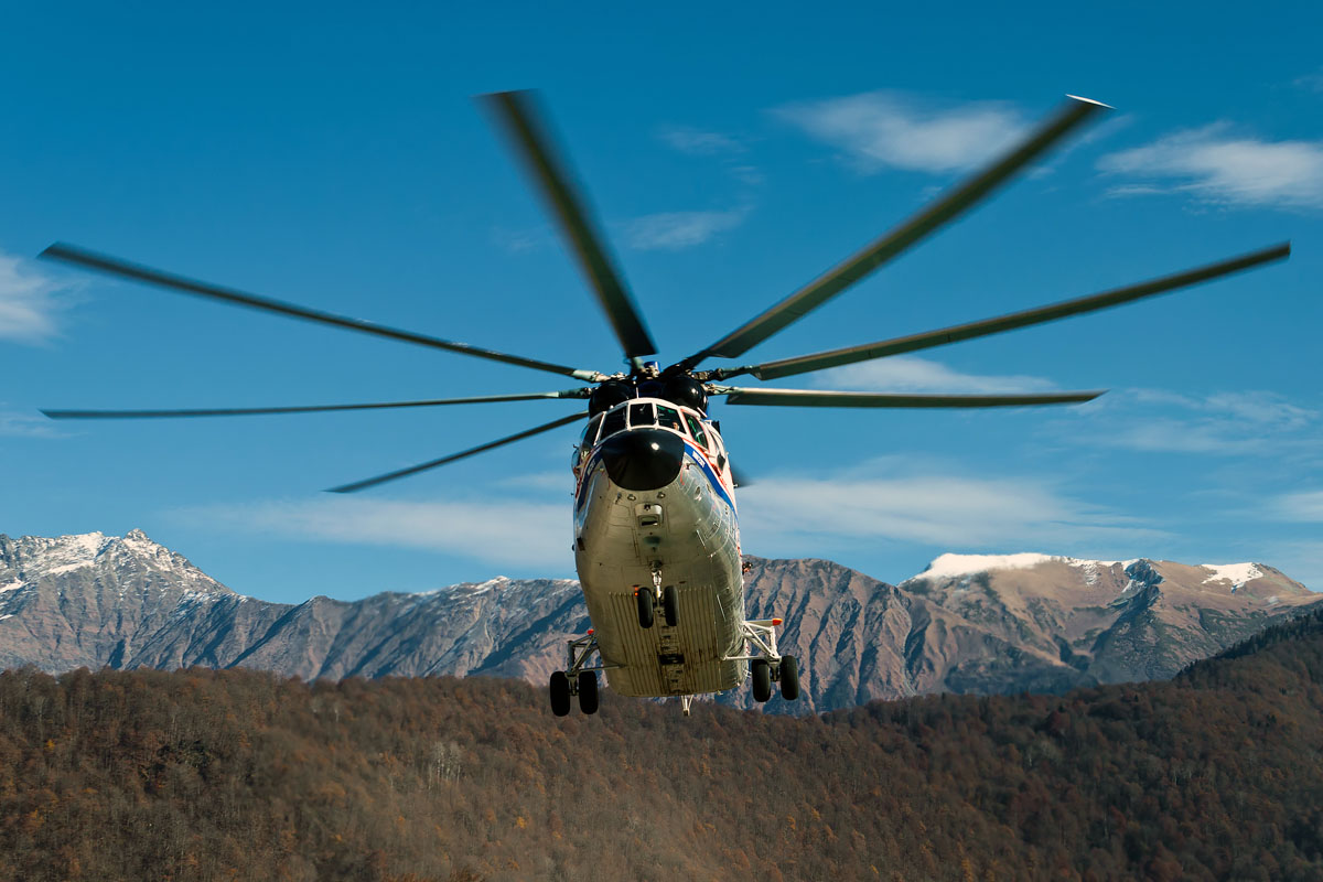 Многоцелевой транспортно-десантный вертолет Ми-26Т.