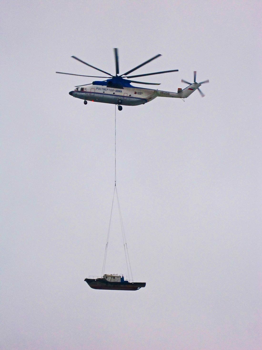 Самый грузоподъемный вертолет в мире Ми-26Т.