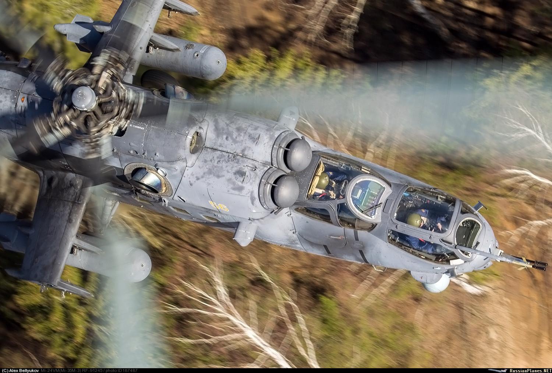 Боевой вертолет Ми-35М армейской авиации России. 2016 год.
