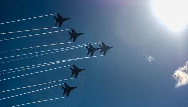 Многоцелевые истребители МиГ-29.